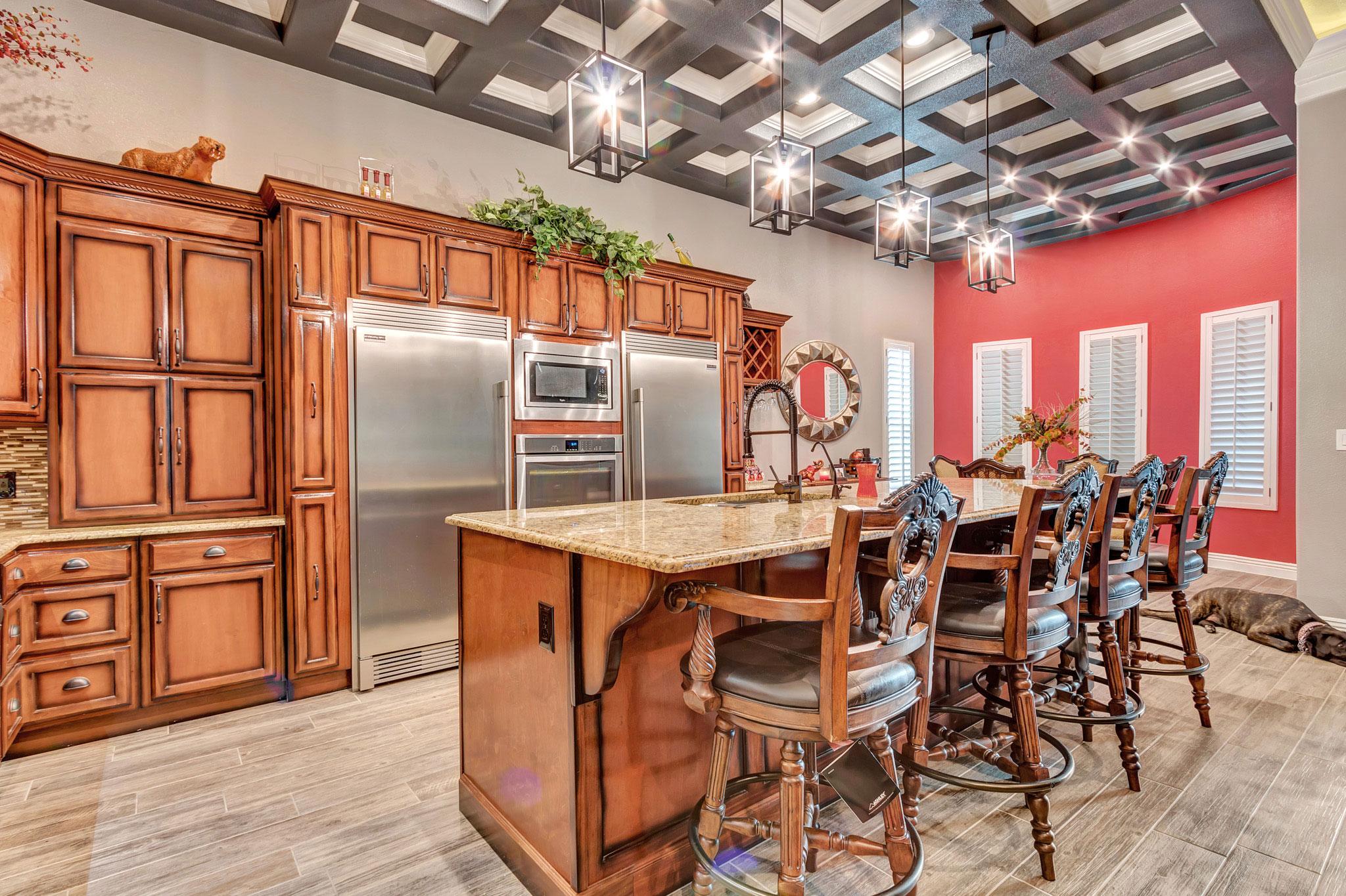 Custom Kitchen - Kristine 3129